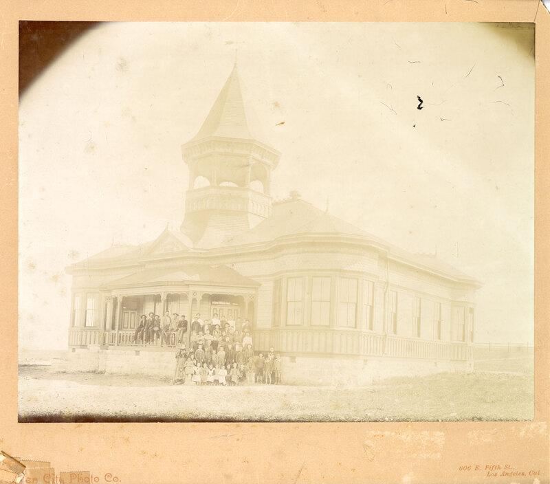 Pleasant Valley School