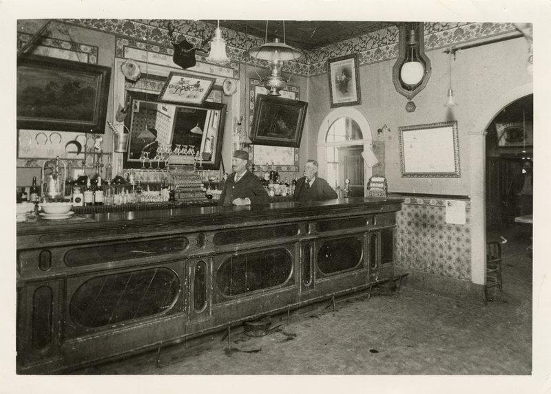 Interior of the Magnolia Saloon