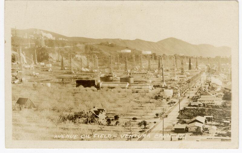 Avenue Oil Fields, Ventura, Calif. Post Card