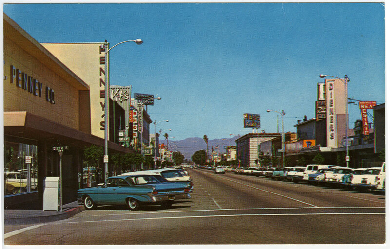 Downtown Oxnard Street View Postcard