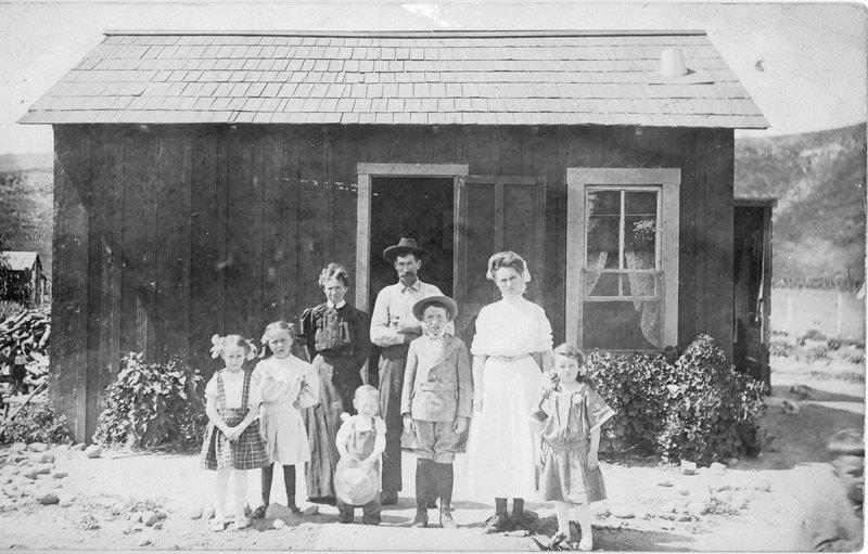 Joe Barrett family portrait