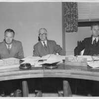 Harry Bostwick, Jr. at a newspaper seminar