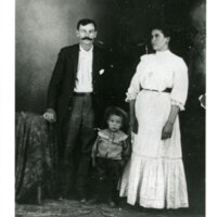 Paz Romero and Regina Romero With Son, Germán