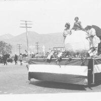 Parade Float, Fillmore May Festival