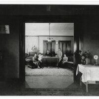 Hanzo Kurihara Family Portrait, 1930