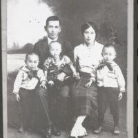 Takasugi Family Portrait, 1923
