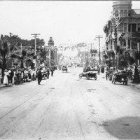 Main Street, Ventura parade