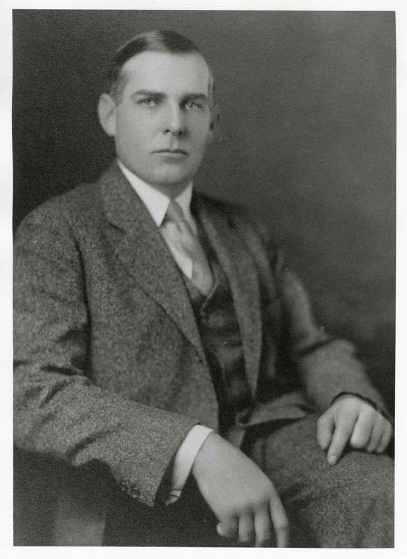 Richard Bard portrait, seated