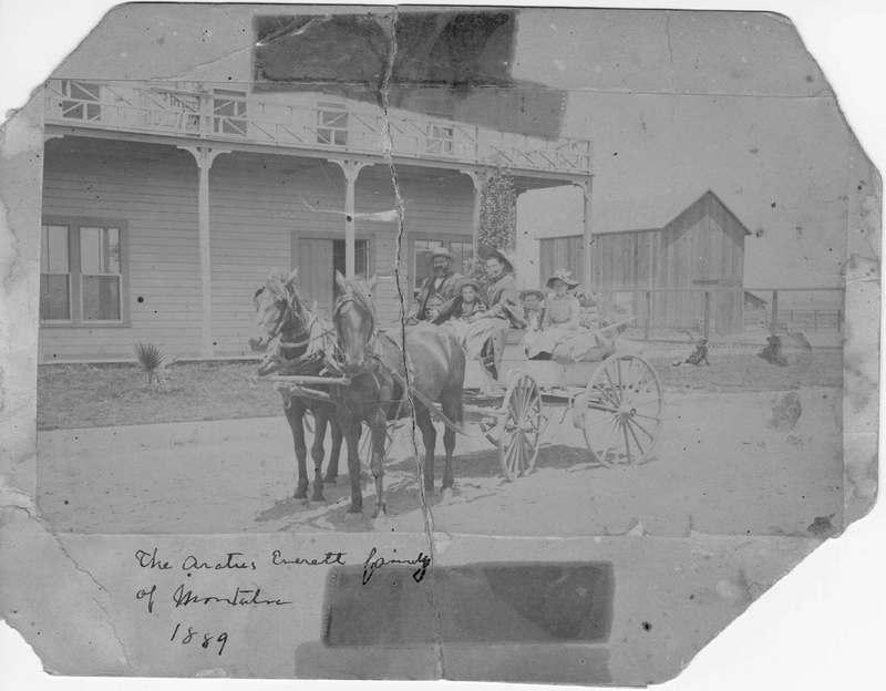 Aratus Everett family in a horse drawn wagon in Montalvo