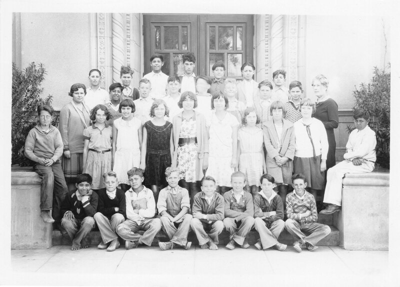 May Henning Grammar School Class Picture