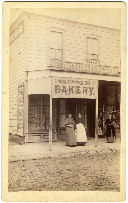 Home's Bakery and Lohn's Photograph Gallery