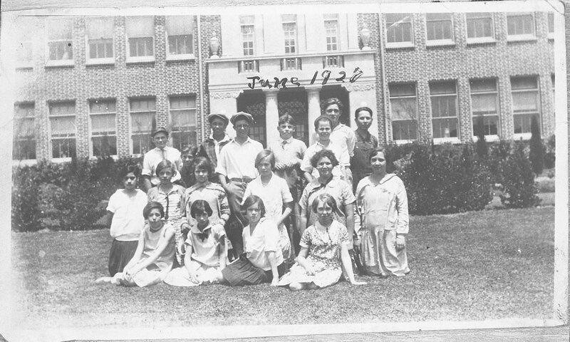 Isbell School Kids, 1927
