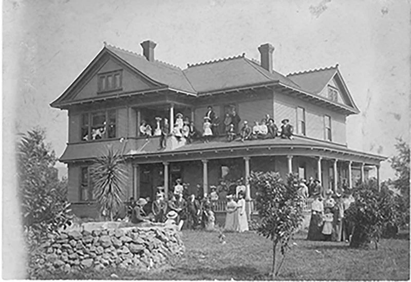Residence of H.W. Maulhardt