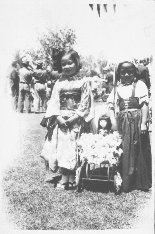 Inadomi Sisters at May Day Parade