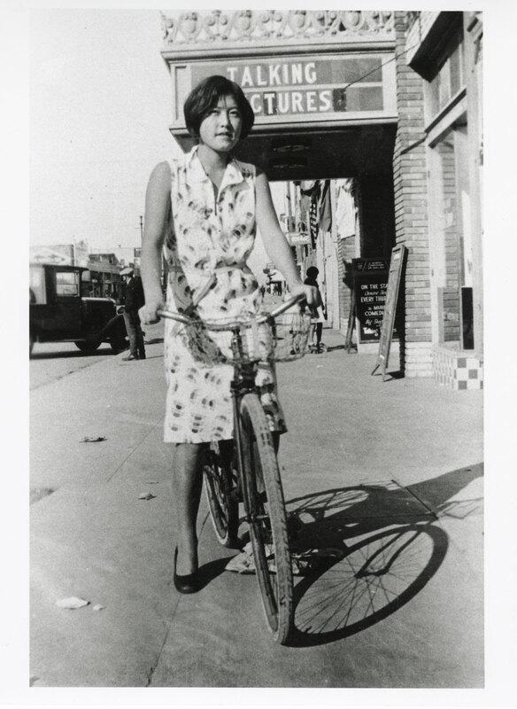 Kaneko Takasugi on Bicycle