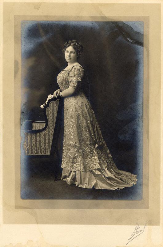 Edith Bonestel Arneill