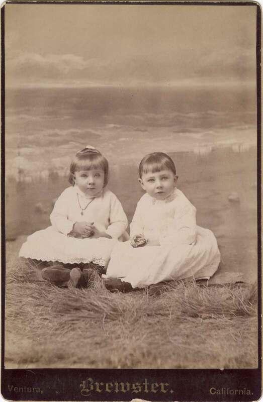 Effie and Mabel Bartlett