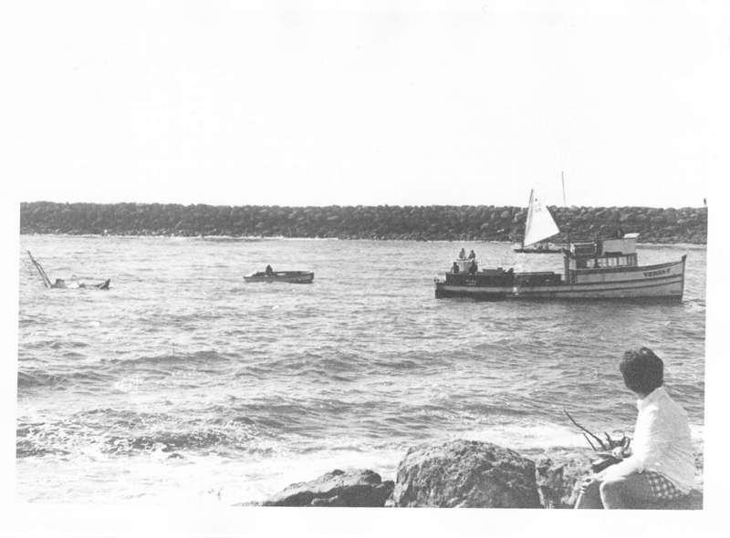 Boat Sinking in Ventura Harbor