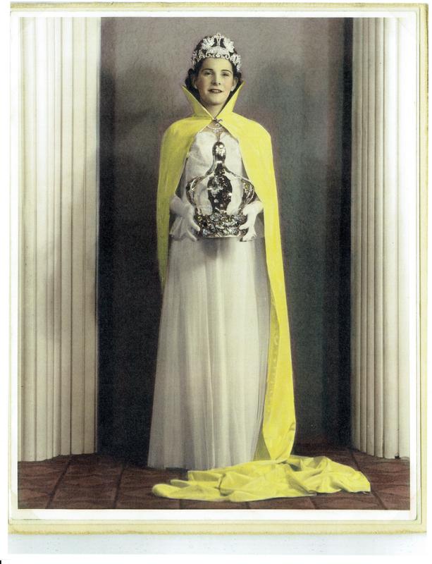 Rosa Queen of the Festa copy.jpg