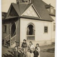 Alice Cooney and Pupils at Del Norte School