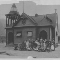 Old Sespe School and Pupils