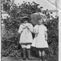 Vivien and Celestine Seoles outdoor photo